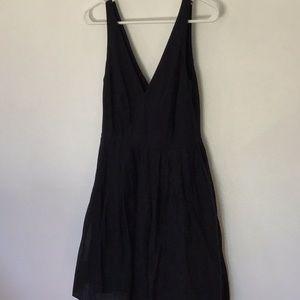 J CREW. white v-neck sleeveless summer dress.